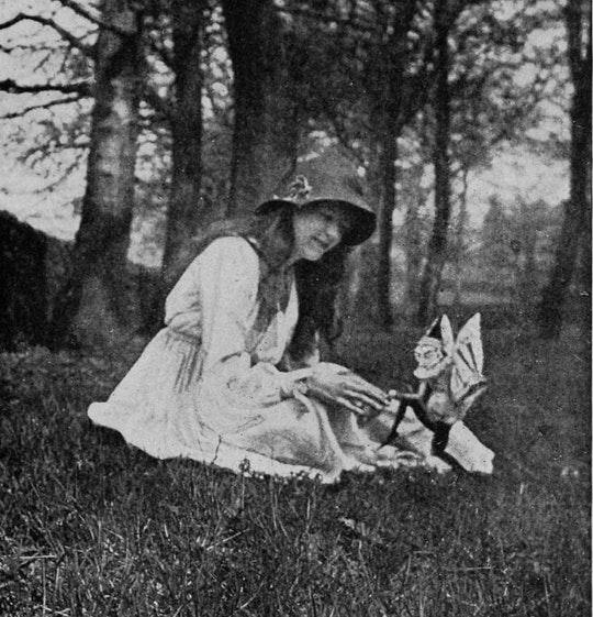 Elsie e o gnomo, em The Coming of the Fairies (1922) de Conan Doyle.