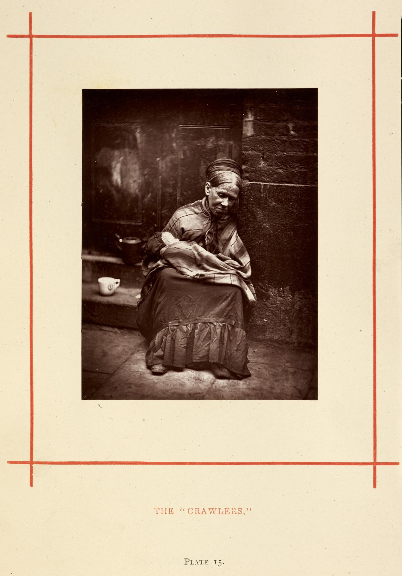 """""""The 'Crawlers'"""" [Os 'Rastejantes'], fotografia de John Thomson, publicada em seu Street Life in London (A vida urbana em Londres,1876-7)."""